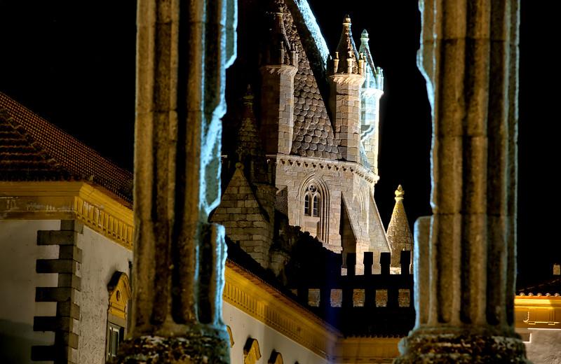 colums with church.jpg
