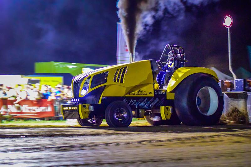 Tractor Pulling 2015 V3-0186.jpg