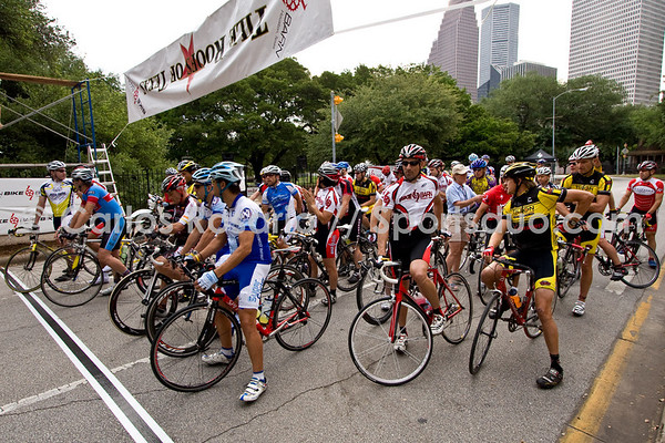 Master 35+ 4/5 - 2008 Houston Grand Criterium (May 18, 2008)