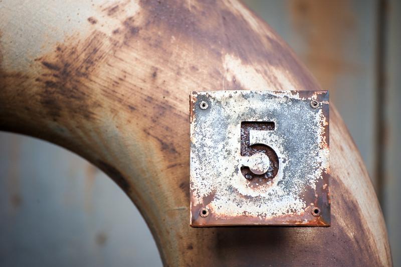 Fünf - 5