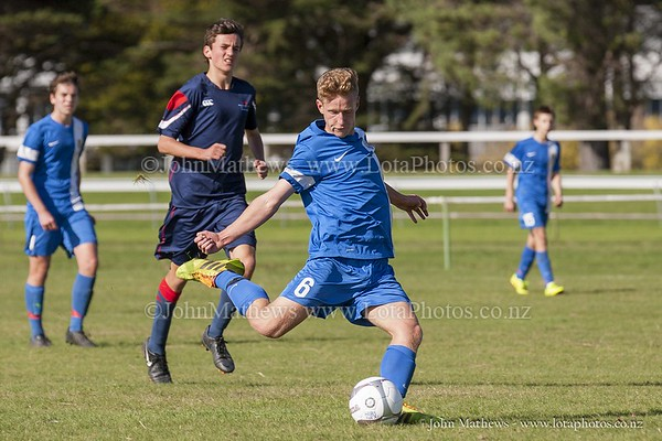 20150509 Football 1st XI HIBs v Tawa College _MG_1707 w WM