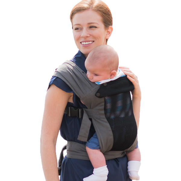 Izmi_Baby_Carrier_Breeze_Mid_Grey_Product_Shot_With_Mum_And_Baby.jpg