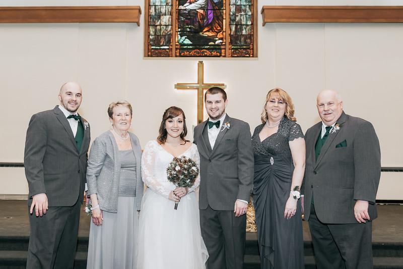 Johnna_Derek_Wedding_La_Casa_Grande_Beloit_Wisconsin_December_15_2018-206.jpg