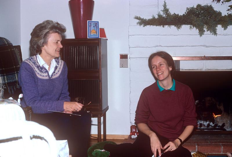 1987-12 Christmas Chris & Hokie.jpg