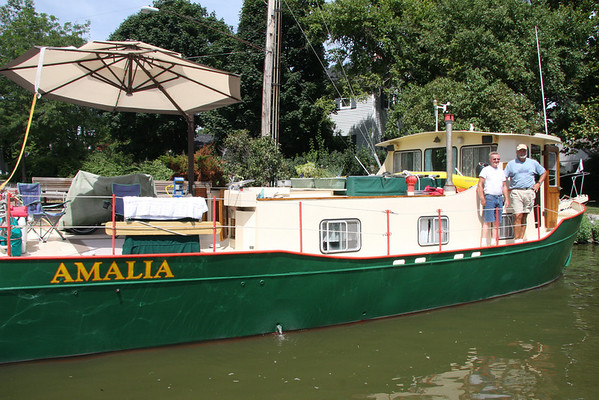 July 19-25, 2010, Two unusual boats in Vermilion