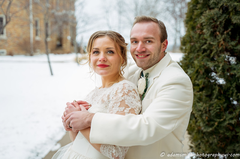 wedding-winter-wisconsin-adam-smith-photography-4.jpg