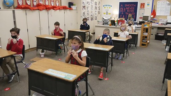 "2nd Grade ""True Colors"" Sign Language (11/19/2020)"
