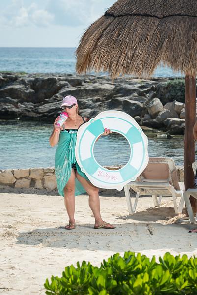 2846_LIT-Photos-on-the-Beach-414.jpg
