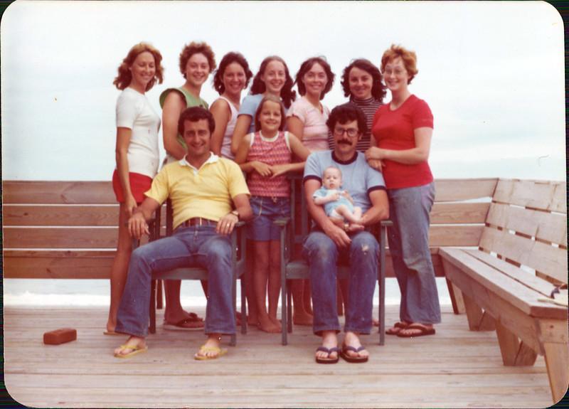 1976 Family.jpg