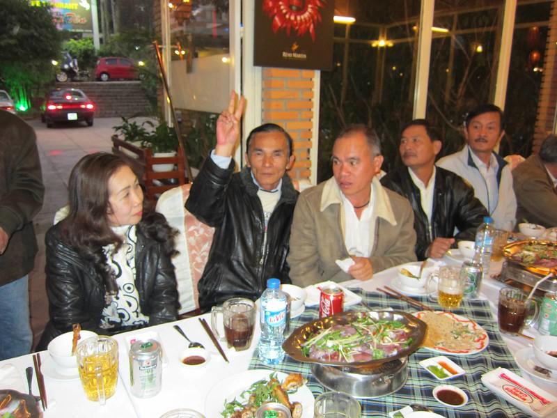 Hồ Oanh, Bùi Thanh, Trần Văn Đồng, Nguyễn Hùng