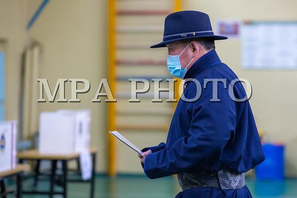 Монгол Улсын ерөнхийлөгч Х.Баттулга санлаа өглөө