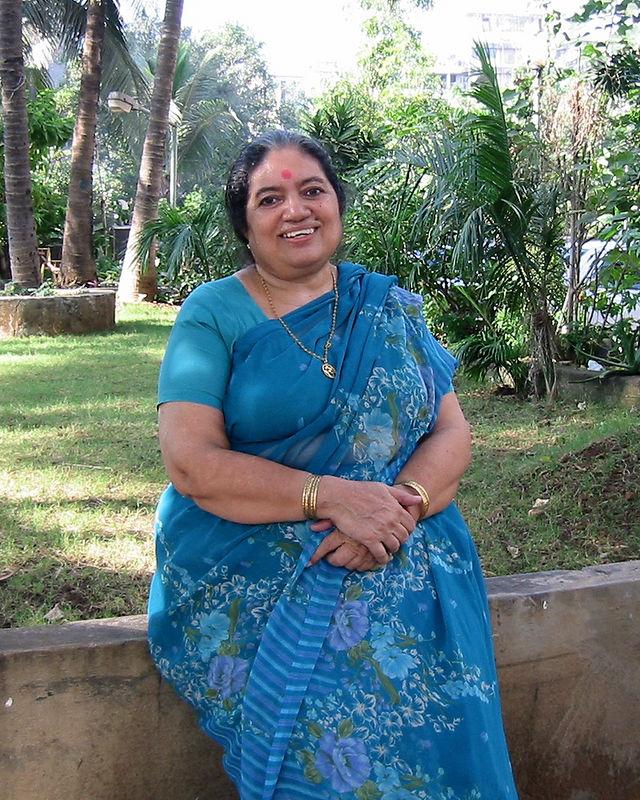 Sharda Nanda [Mom]