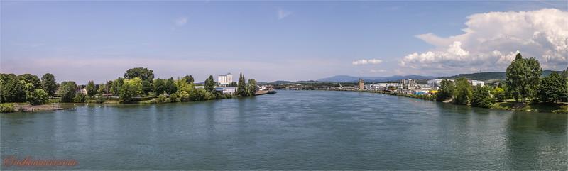 2017-05-31 Dreilaendereck + Rheinhafen Basel -8031 Panorama.jpg