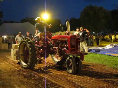 Clinton Fair with Tractor Pull photos and videos