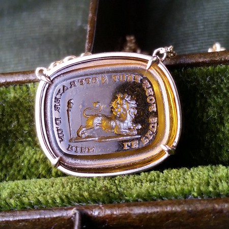 """Le Plus Fort Peut S'Effrayer d'un Rien"" / ""The Strongest can be Frightened of Nothing"" Lion Necklace, by Seal and Scribe"