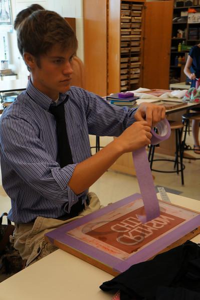 Lutheran-West-Art-Class-Silk-Screen-T-Shirts--September-2012--16.JPG