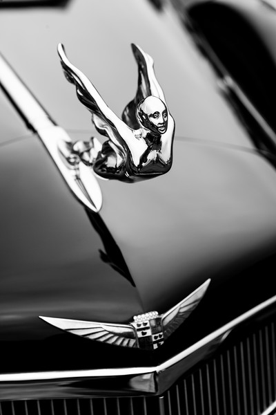 1935 Cadillac 355D Ornament