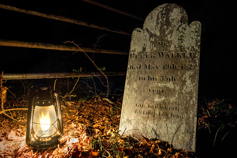"""Resting Place of Peleg Walker"""