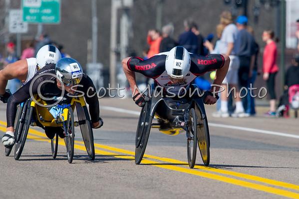 Boston Marathon 2016 Mile 7