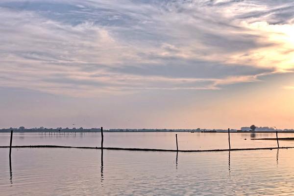 Le lac  Taungthaman