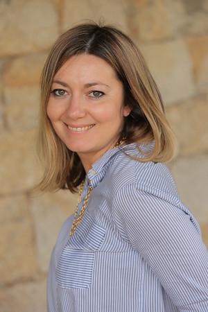 Yana Kalestrova