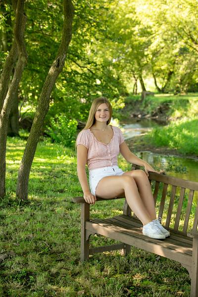 2020 Senior Emma-2857.jpg