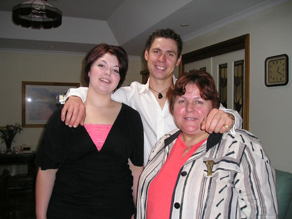 Christmas 2006 Jodie Rae and Dion.jpg