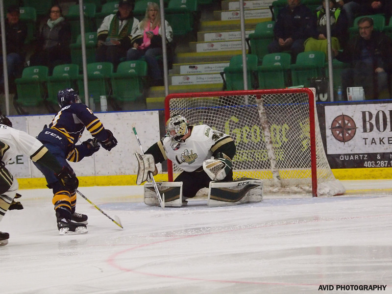 Ookotoks Oilers vs Calgary Mustangs AJHL Nov 14th (27).jpg