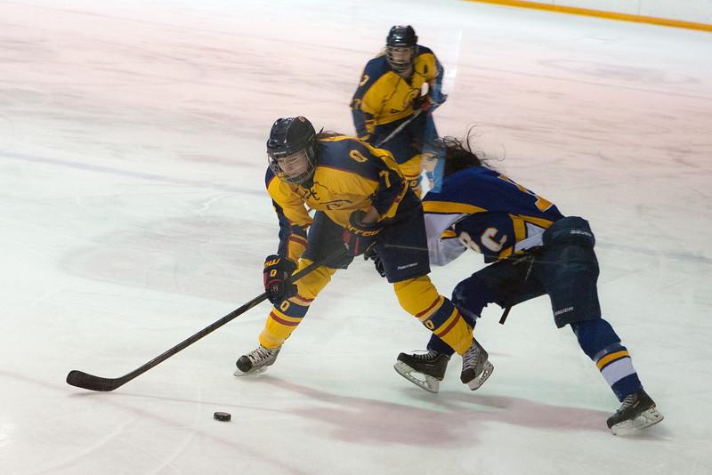 20130310 QWHockeyvsUBC 418.jpg