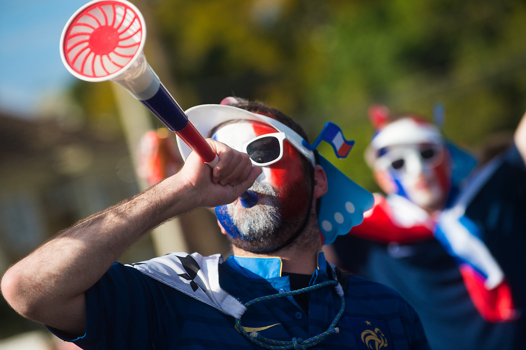 . PORTO ALEGRE, BRAZIL -JUNE 15: Fans arrive before the match between France and Honduras at Beira Rio Stadium on June 15, 2014 in Porto Alegre. (Photo by Vinicius Costa/ Getty Images)