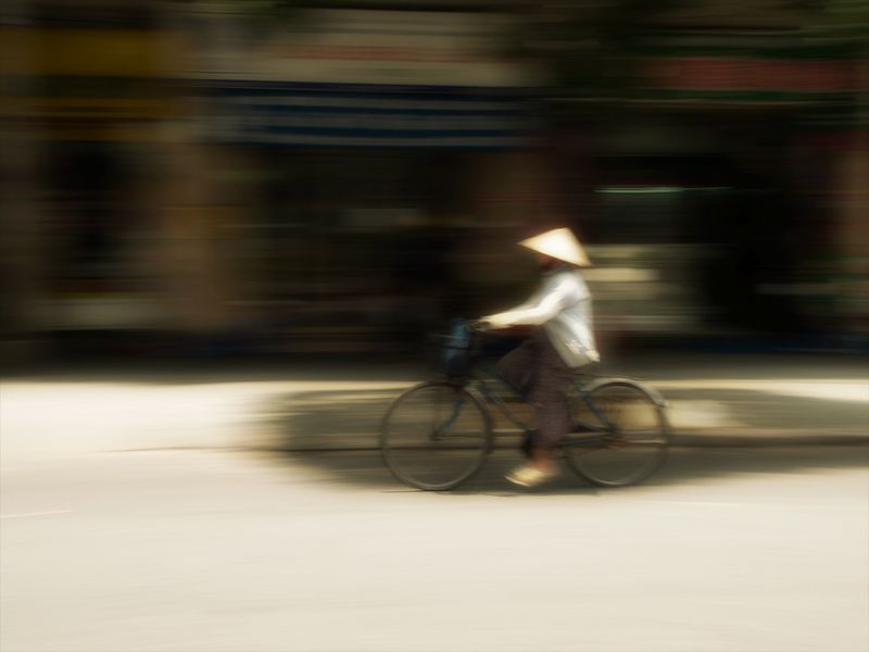 Bicycle in saigon_2.jpg