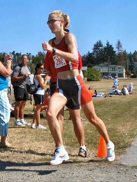2005 Cadboro Bay Triathlon - Meghan Day, Cheryl Murphy, Lucy Smith