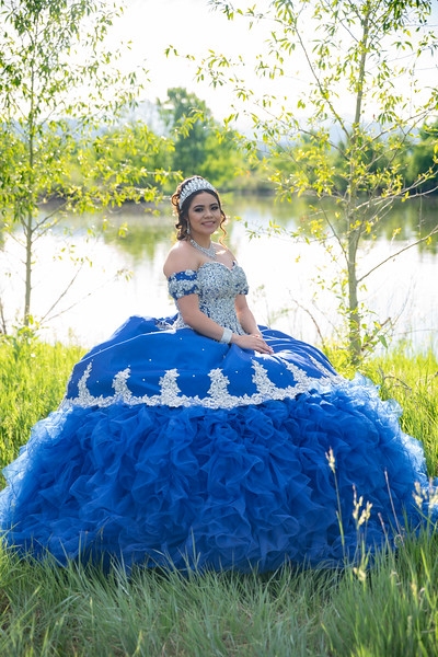 Quincenera ~ Personal Photo Session - Cassandra