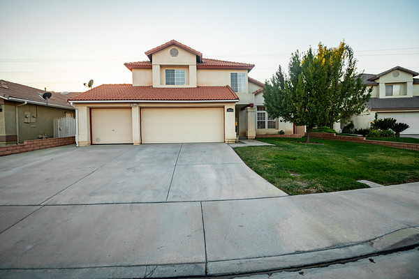 Authority Real Estate // 863 Pike Dr San Jacinto-Hemet // Single Family Home