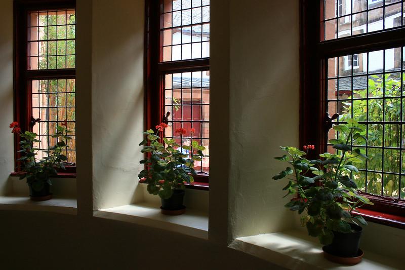 sailors windows 6 190.jpg