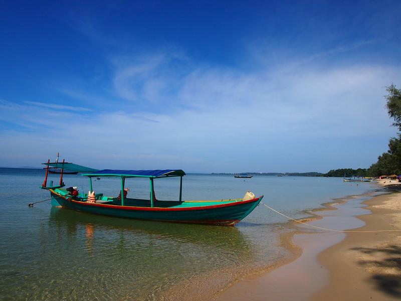 PB143585-fishing-boat.JPG