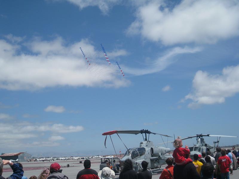 Hiller Helicopter Show 201014.JPG