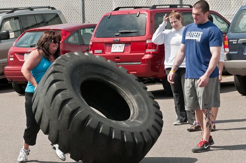Strongman Saturday 4-14-2012_ERF4125.jpg