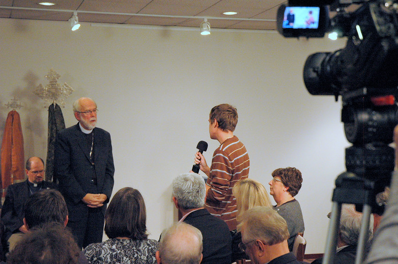 """Ty Dahnke, from Holy Cross Lutheran Church in Libertyville, Illinois asks Presiding Bishop Mark S. Hanson,  """"Did you you ever think you were going to be bishop?""""  November 21, 2010 ELCA Town Hall Forum."""