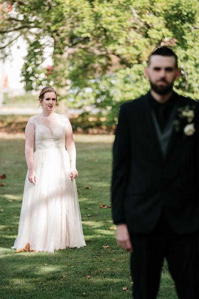 rustic_ohio__fall_barn_wedding-72.jpg