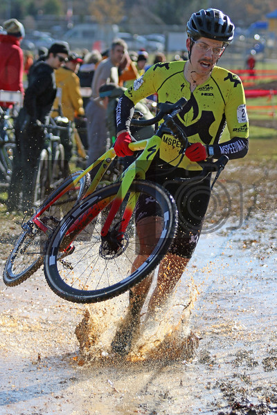 Eric Thompson (2) competes in the NC Cyclocross North Carolina Grand Prix at Jackson Park in Hendersonville, N.C., on Nov. 24, 2019