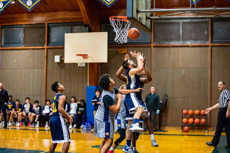 18_BBball_st-thomas-84.jpg