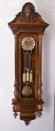 VR-603  Fantastic Vienna Regulator with Music Box in Base