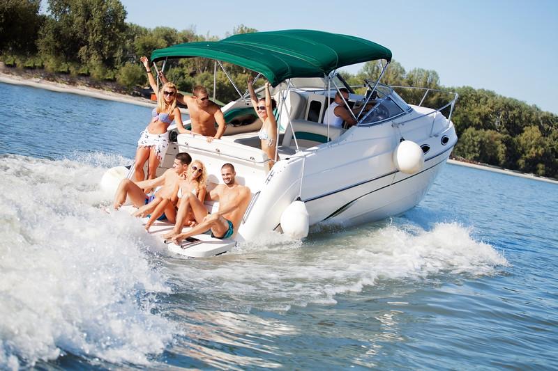 Party_boat_w-MCKGB450B.6.JPG