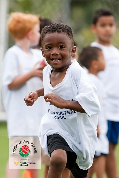 2015 Rosebowl Youth Football Clinic_0659.jpg