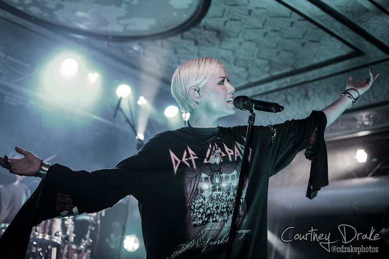 Tonight Alive-17.jpg