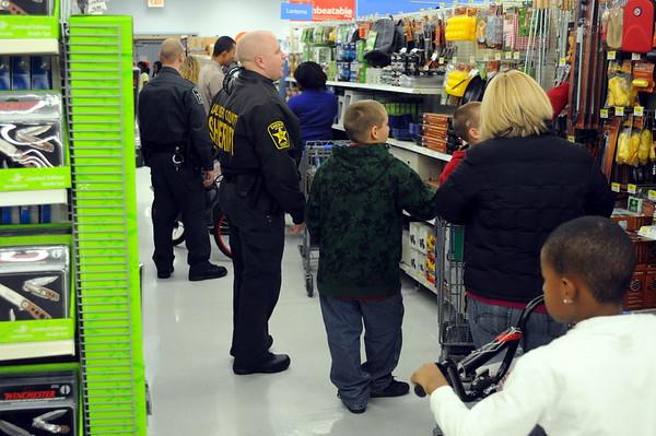 12/12/2009 Calvert Shop with a Cop