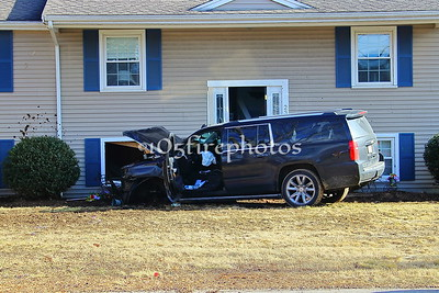 Bridgewater, MA Vernon St, Car vs House 1/24