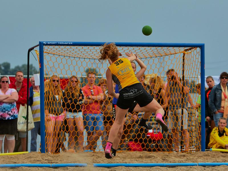 Molecaten NK Beach Handball 2015 dag 2 img 669.jpg