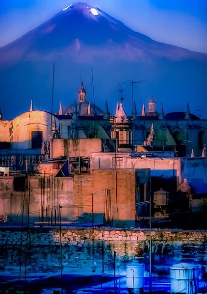 Popocatépetl, above Puebla, Mexico